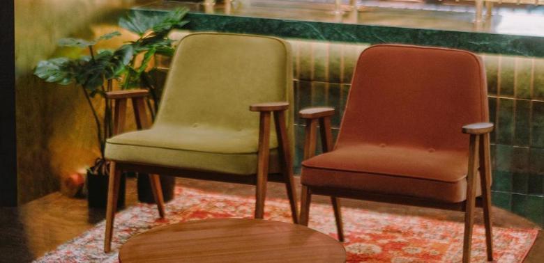 Fotele 366 retro aranżacja