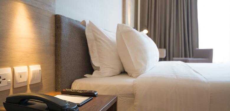 Hotele świecą pustkami