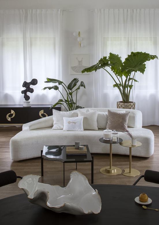 zaokrąglona sofa