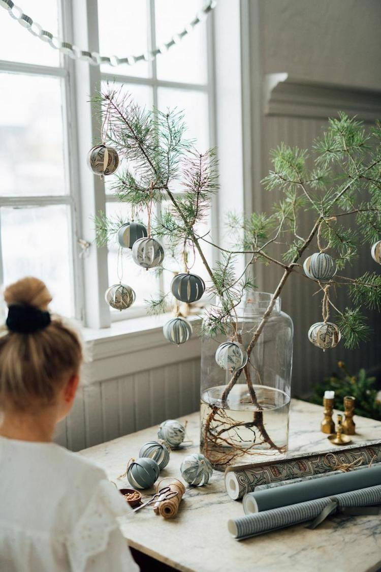 Świąteczna dekoracja do wazonu
