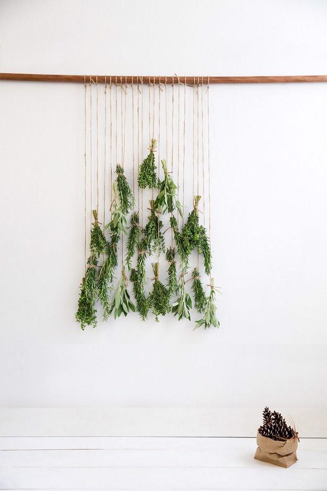 Ozdoba świąteczna DIY do zawieszenia na okno