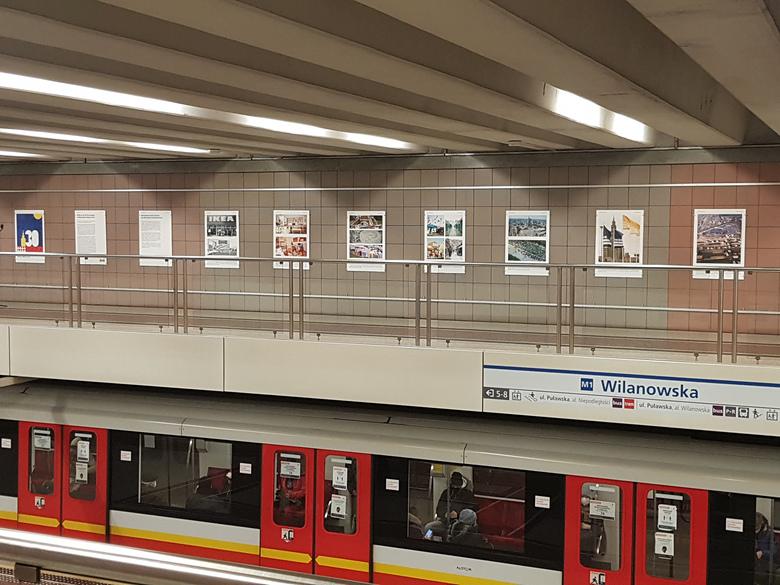 Wystawa w stacji metra Wilanowska
