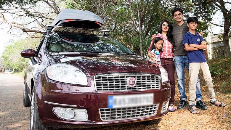 Hinduska rodzina w podróży