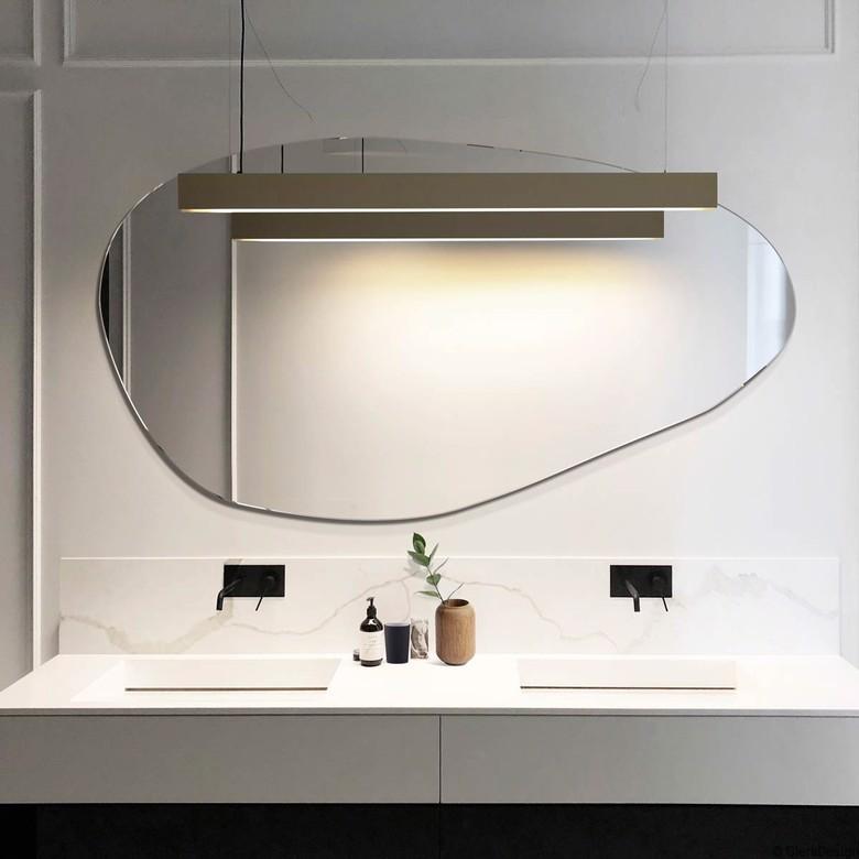 Lustro łazienkowe asymetryczne