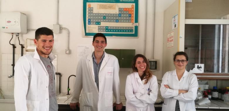 Ewelina Kuna w laboratorium