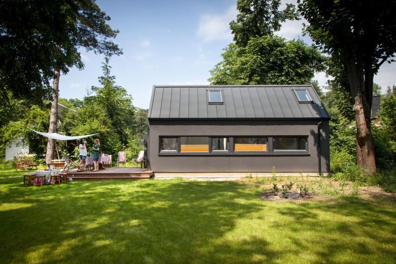 Simple House SIM