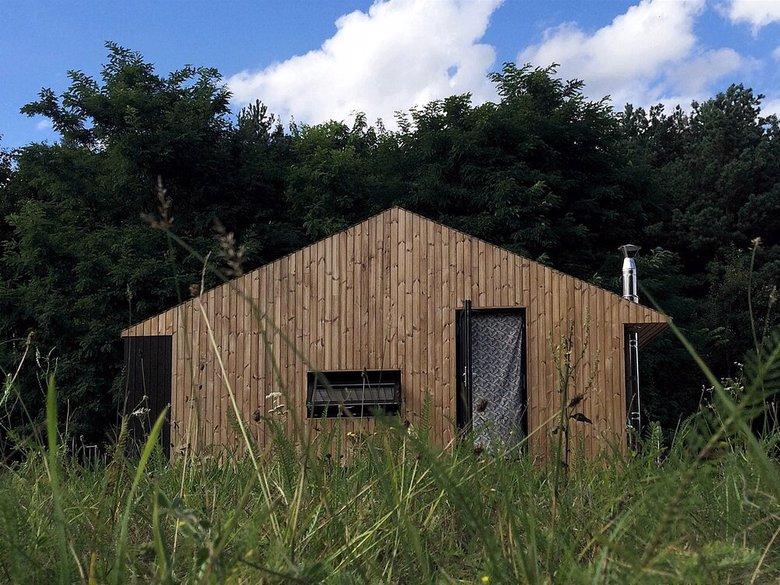 Domek REDUKT z dachem dwuspadowym