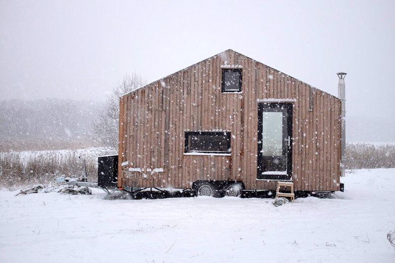 Domek REDUKT, drewniany, zima