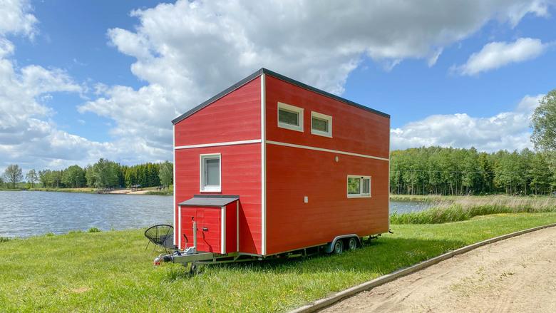 Domek Mobi House MOBI 04, czerwony, od zewnątrz