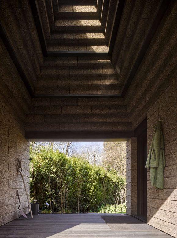 Cork House - wewnętrzny taras