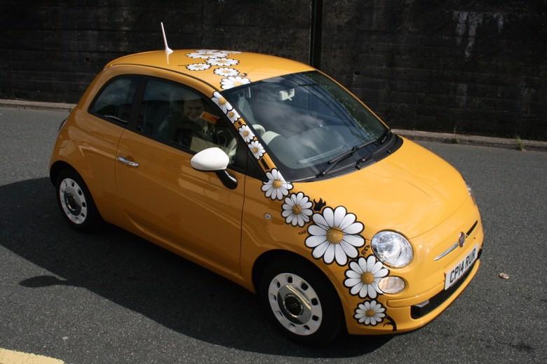 Fiat w kwiaty